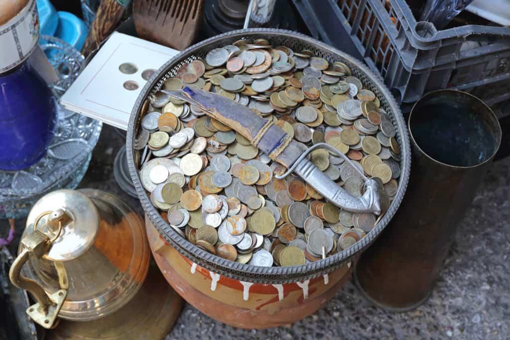 flipping flea market items