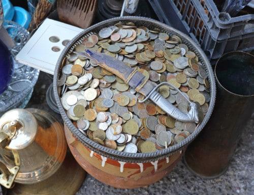 How I Made $133,054 Last Year Flipping Flea Market Items for Profit