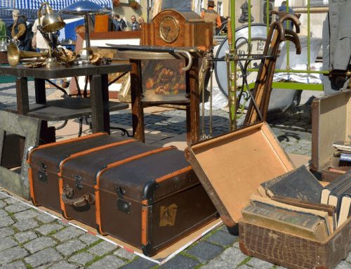How We Made $3,685 in One Month of Flipping Flea Market Items
